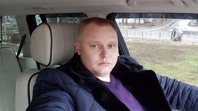 Шлюбний аферист втік з-під варти під час конвоювання у Києві