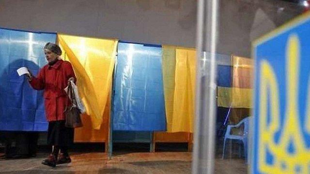 Соціологи прогнозують, що у другому турі виборів президента зустрінуться Тимошенко та Гриценко