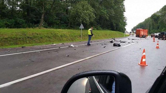У потрійній ДТП за участю посла Швейцарії поблизу Львова постраждали шестеро людей