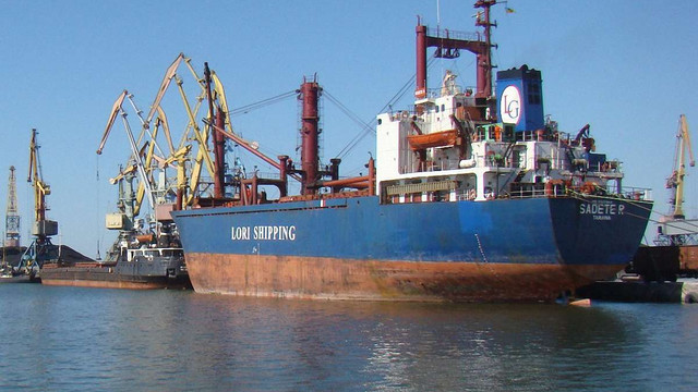 Блокада Росією Азовського моря загрожує економічними проблемами Бердянську і Маріуполю
