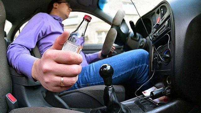 Верховна Рада підтримала посилення відповідальності за водіння напідпитку