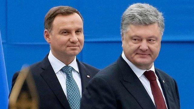 Президенти України і Польщі вшанують жертв етнічного протистояння, але кожен у чужій країні