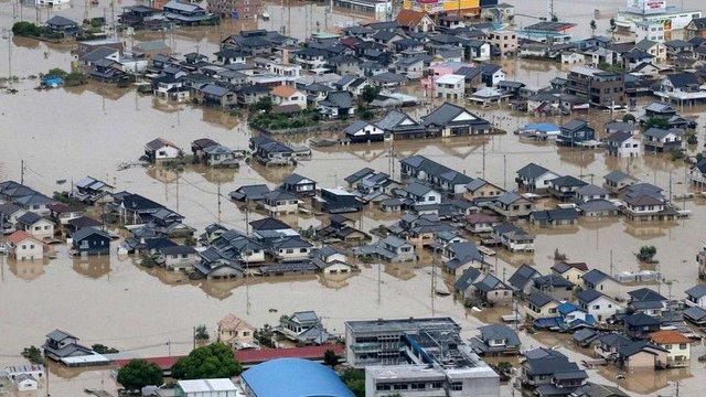 Кількість жертв повені у Японії досягла 100 осіб