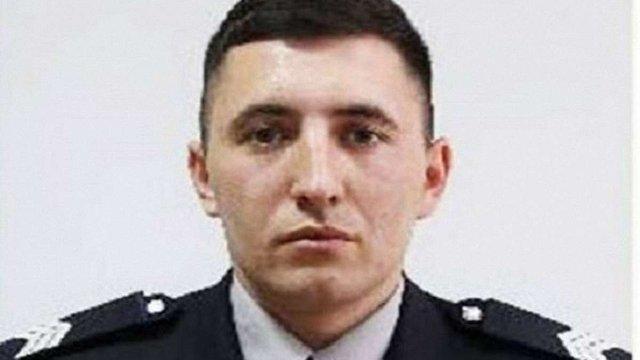 У Рівному помер 25-річний поліцейський, якого вилами проткнув п'яний дебошир