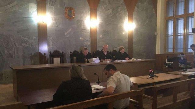 Одного підозрюваного у нападі на ромський табір у Львові відпустили під домашній арешт