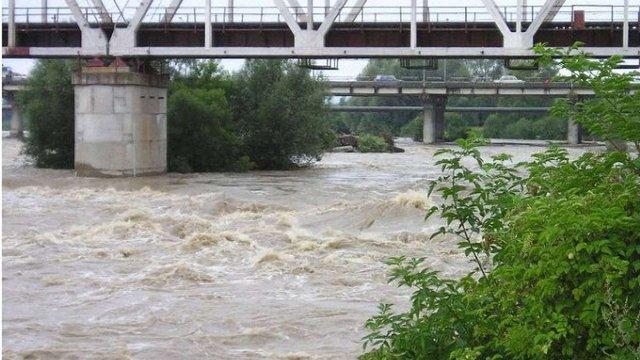 Синоптики прогнозують підйом рівня води у гірських ріках