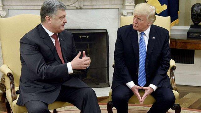 Петро Порошенко розповів, про що говорив з Трампом у Брюсселі