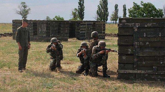 На навчаннях See Breeze українські нацгвардійці інструктують військових Молдови та Грузії