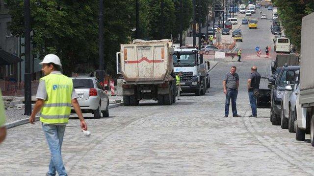 У неділю для проїзду відкриють відремонтовану частину вул. Личаківської у Львові