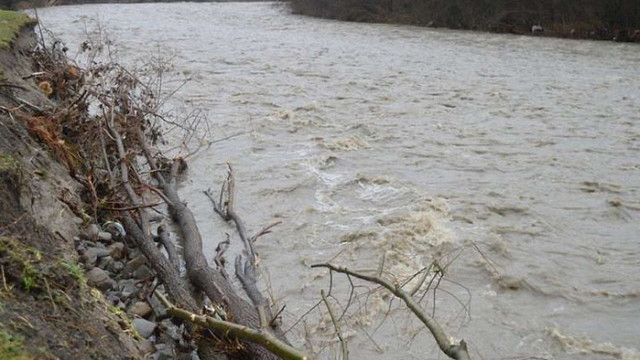 Надзвичайники попередили про можливість підняття рівня води у річках Львівщини