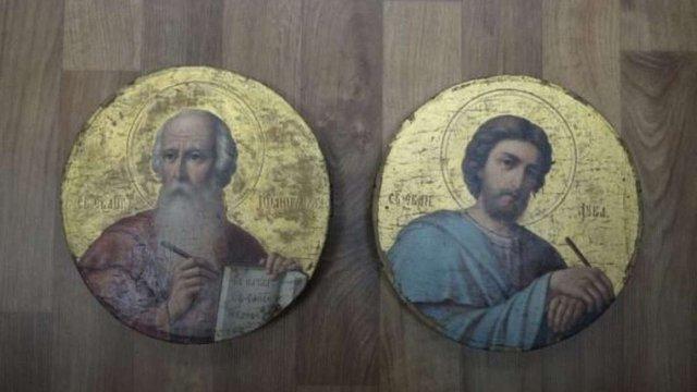 СБУ затримала харків'янина, який намагався вивезти до Росії ікони 19 століття