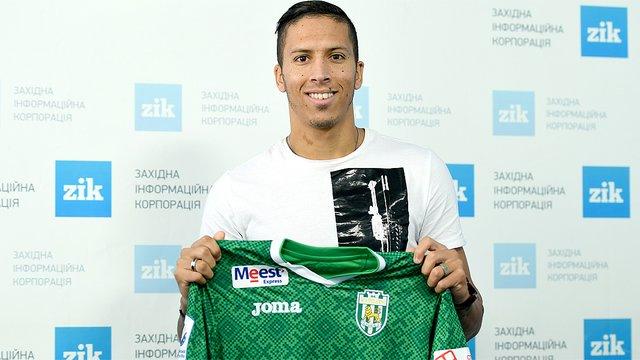 Новим гравцем «Карпат» став колишній футболіст італійської «Роми»