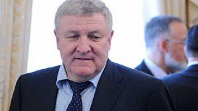 Білорусь надала статус біженця екс-міністру оборони Михайлу Єжелю