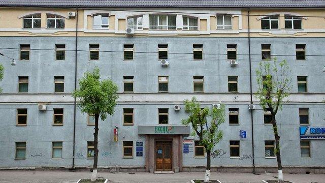 Вночі у Львові вибухотехніки перевіряли повідомлення про замінування бізнес-центру