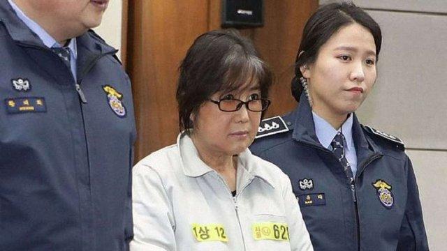 Екс-президентка Південної Кореї отримала ще вісім років в'язниці за розтрату коштів