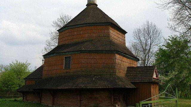У Буську реставрують 300-річну дерев'яну церкву Св. Параскеви