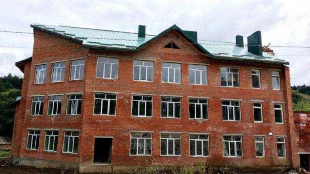 На Сколівщині до початку навчального року збудують нову школу