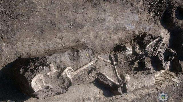 У Тернопільській області розкопали останки розстріляних членів ОУН-УПА
