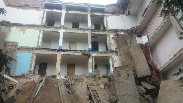 На Житомирщині обвалилася будівля студенського гуртожитку