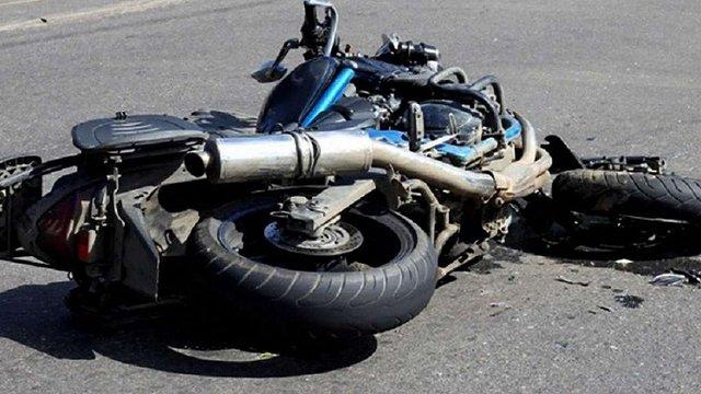На Сколівщині мотоцикліст травмував немовля та дворічну дитину