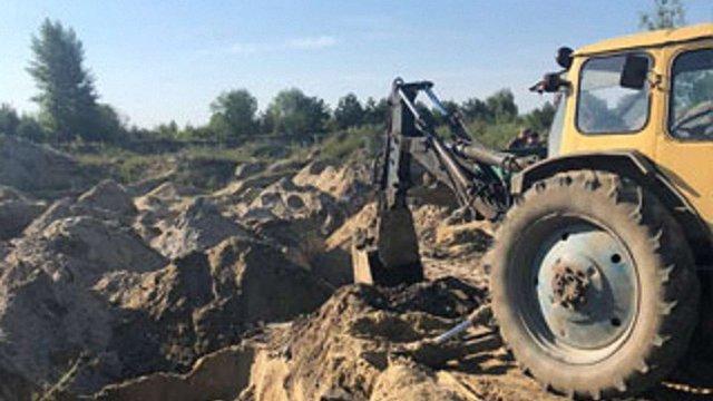 На території орнітологічного заказника на Яворівщині затримали видобувача піску