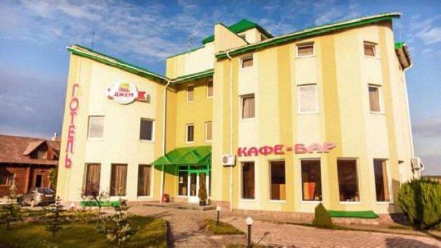 В готелі у Раковці отруїлися 26 дітей з Хмельниччини