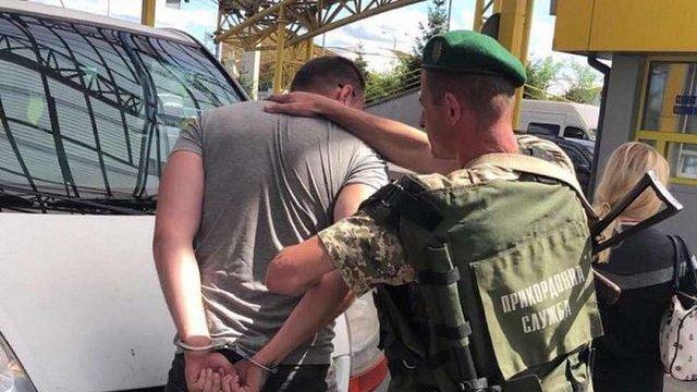 Волинянин намагався переправити двох українок у польський бордель