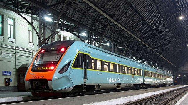 Дизель-потяг «Чернівці–Львів» не курсуватиме з 14 по 17 серпня