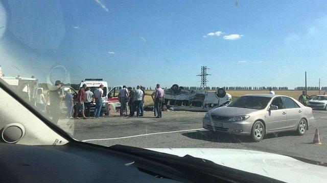 Шестеро людей загинули внаслідок зіткнення КамАЗа і маршрутки у Запорізькій області