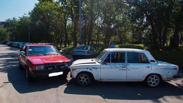 Невідомі на Mitsubishi з номерами «Весілля» відібрали в інкасаторів у Дніпрі ₴500 тис.