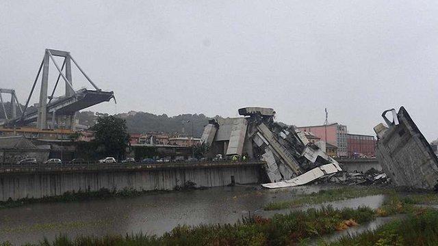 У Генуї завалився 45-метровий міст на швидкісній автотрасі. Десятки загиблих