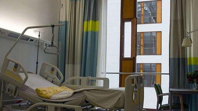 У Польщі українець, якому розчавило таз, повісився в лікарні