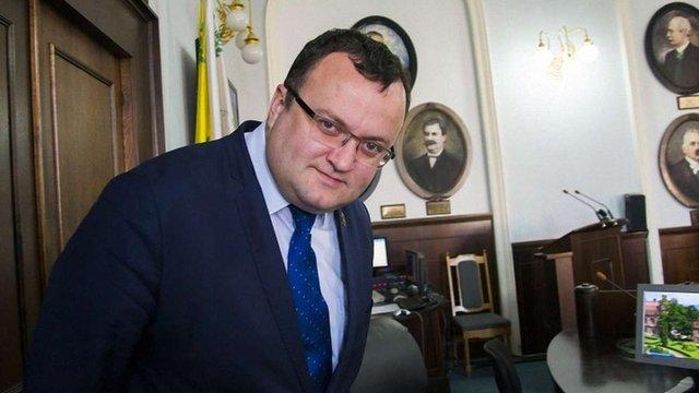 Міський голова Чернівців оскаржив у суді своє усунення з посади