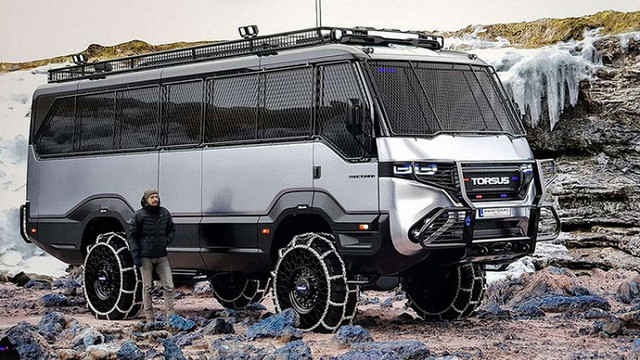 Компанія з українськими власниками створила перший у світі автобус-позашляховик, — ЗМІ