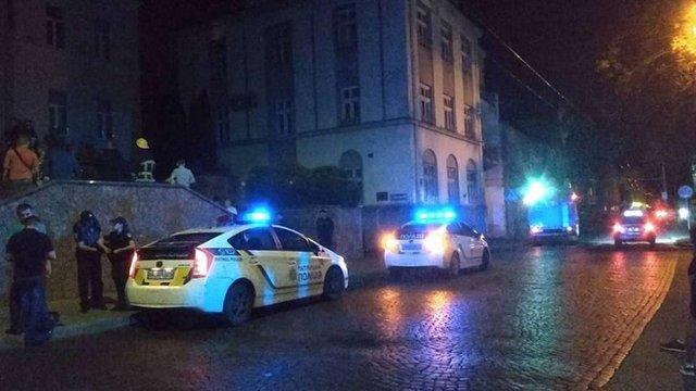 У центрі Луцька військовий намагався себе спалити через рішення міськради
