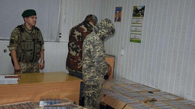 На Буковині затримали контрабандистів, які кіньми переправляли сигарети до Румунії