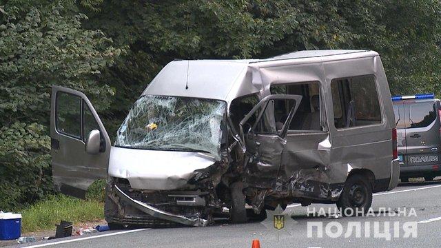 В ДТП на Вінничині постраждало семеро людей, водій одного з автомобілів загинув