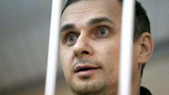 Львів'ян закликають написати листи на підтримку Олега Сенцова