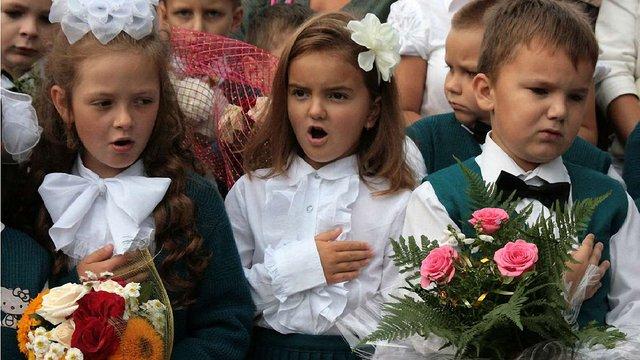 Частина шкіл у Львові та області розпочне навчальний рік на два дні пізніше