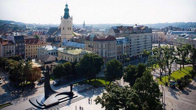 До кінця тижня синоптики прогнозують у Львові теплу погоду без опадів