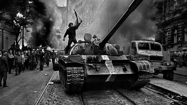 Парламент Чехії визнав вторгнення радянських військ у 1968 році окупацією