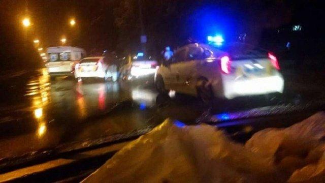 Таксист у Рівному стріляв у пасажирів, які напали на нього