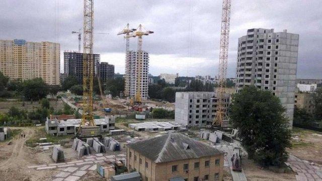 Попри заборону суду нові будівельні норми набули чинності