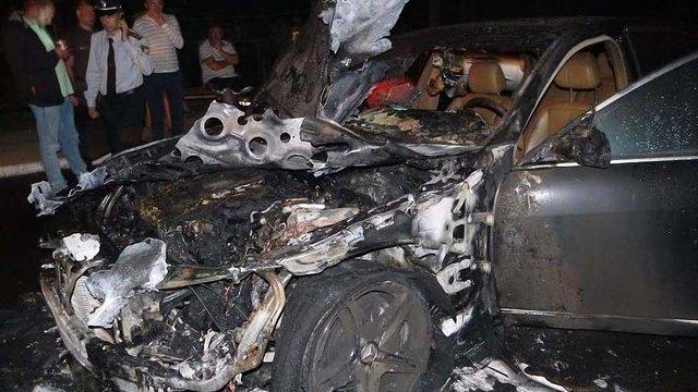 В Рівному спалили автомобіль депутата від «Свободи» Святослава Стельмащука