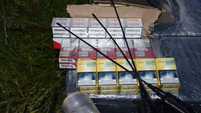 На Буковині суд повернув контрабандистам сигарет конфіскований дельтаплан