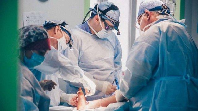У  вересні у Львові тиждень оперуватимуть дітей хірурги зі США