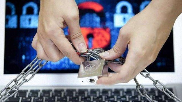 Скандальний законопроект щодо блокування сайтів без суду відправлять на доопрацювання
