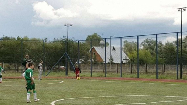 У Червонограді демонтували освітлення нового стадіону через вкрадений електрокабель