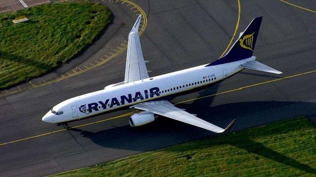 Ryanair запустить 8 нових рейсів між Україною і Польщею