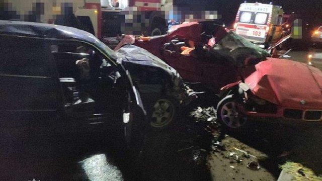 Троє людей загинули та ще четверо постраждали внаслідок зіткнення двох BMW в Одесі